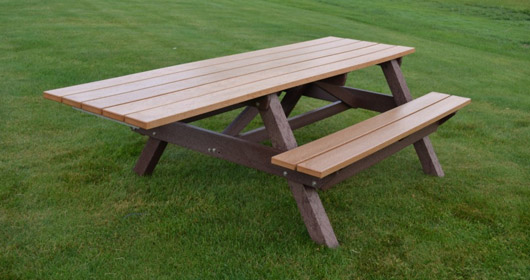 Econo-Mizer Handicap Access Picnic Table
